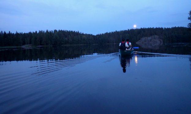 Supermoon paddling in Nuuksio