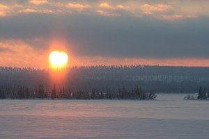 sunrise-after-polar-night-in-lapland-FInland