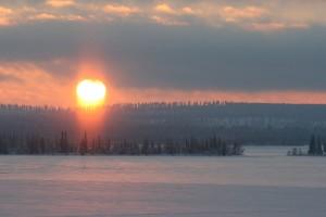 sunrise-after-polar-night-in-lapland-FInland